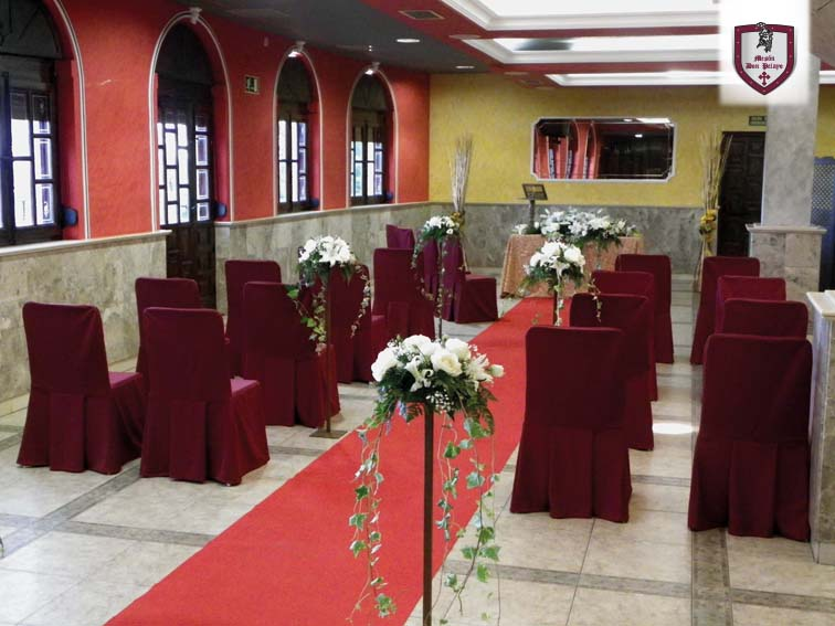 Estancia: Los Mármoles | Restaurante Mesón Don Pelayo