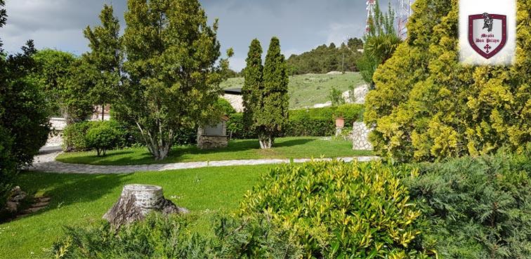 jardín Mesón Don Pelayo